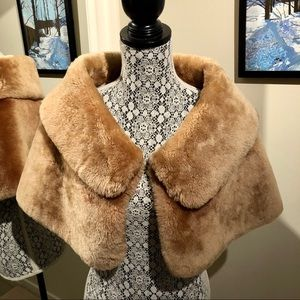Jackets & Blazers - Vintage 1950 Stunning Shawl in Amazing Condition